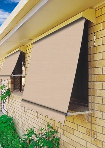 002 Fawn Docril Blockout Automatic Outdoor Awnings