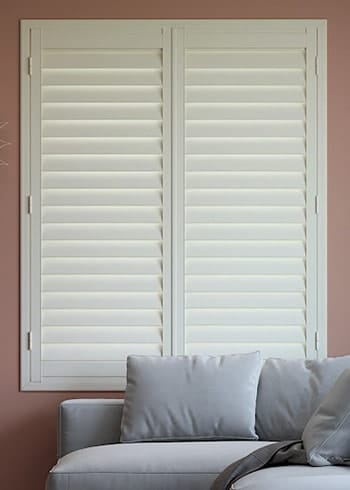 Plantation shutters online affordable cheap half price blinds for Cheap window shutters interior